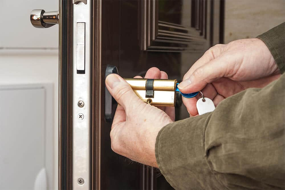 locksmith in winnipeg